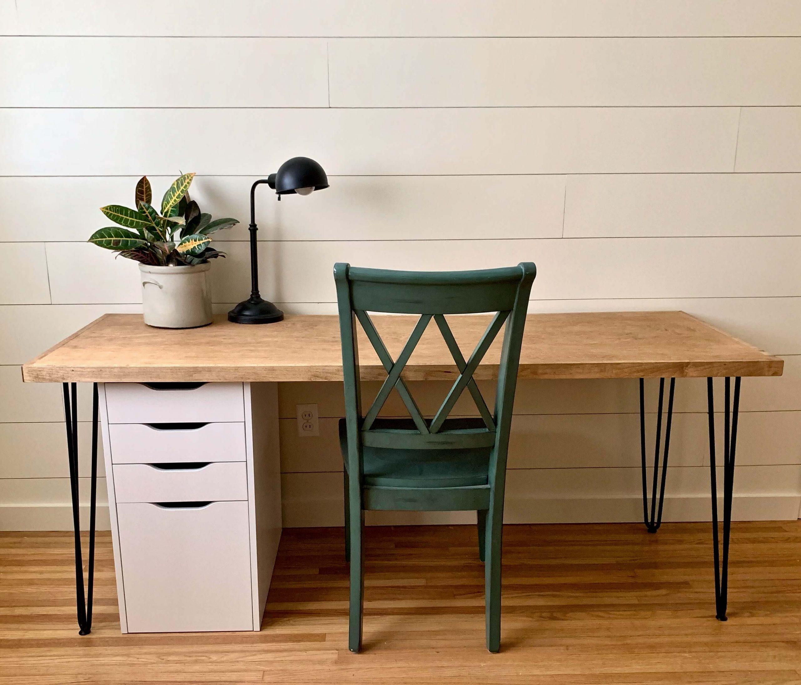 Diy 100 Mid Century Modern Desk Cedar Stone Farmhouse